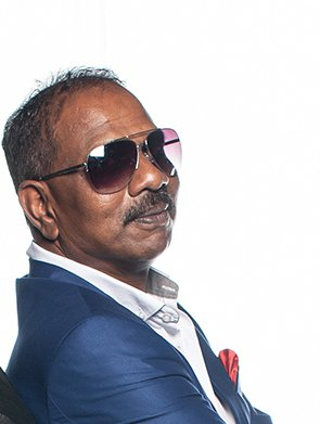 Don't miss quick-witted Muthu Murugan's Comedy Café
