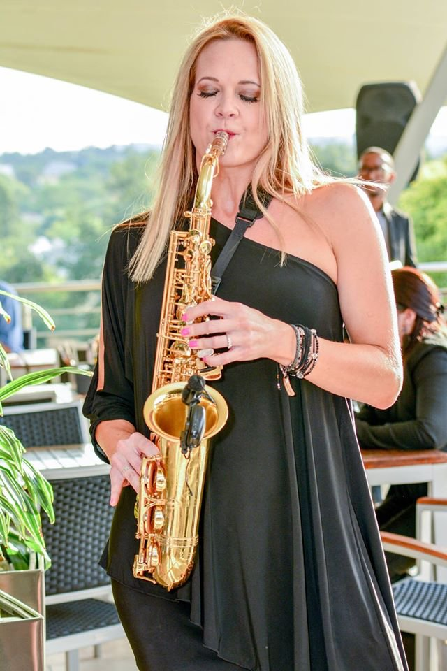 IT'S STRICTLY SAX WITH CATHY DEL MEI