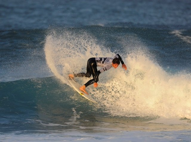 MADIBAZ SURFERS AIM TO RIDE WAVES OF SUCCESS