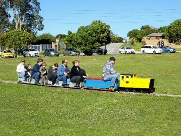 Londt Park Mini Train - Nelson Mandela Bay (Port Elizabeth)
